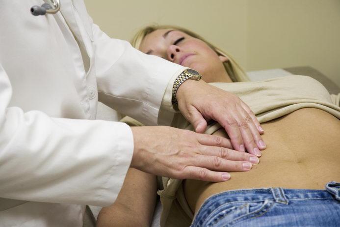 Осмотр гинеколога в середине цикла